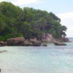 Strand an Mahé's Osten