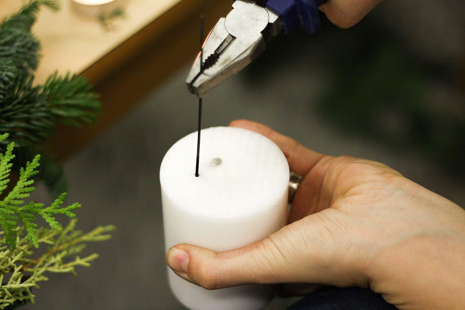 DIY-Adventskranz - Draht in Wachs bohren