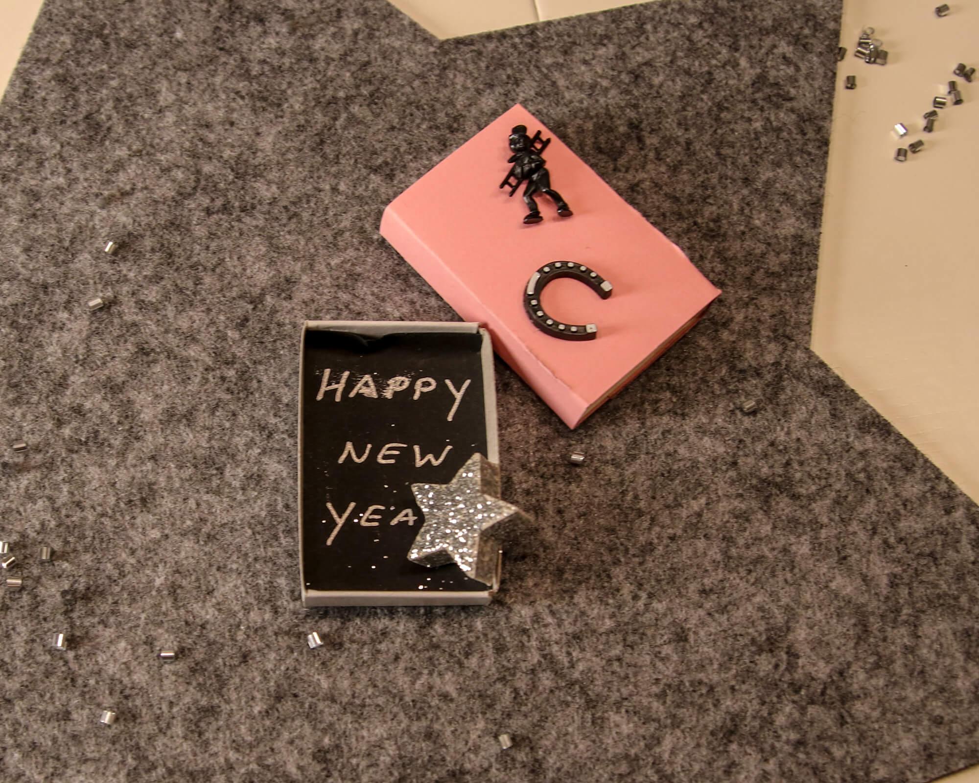 Streichholzschachtel Happy New Year