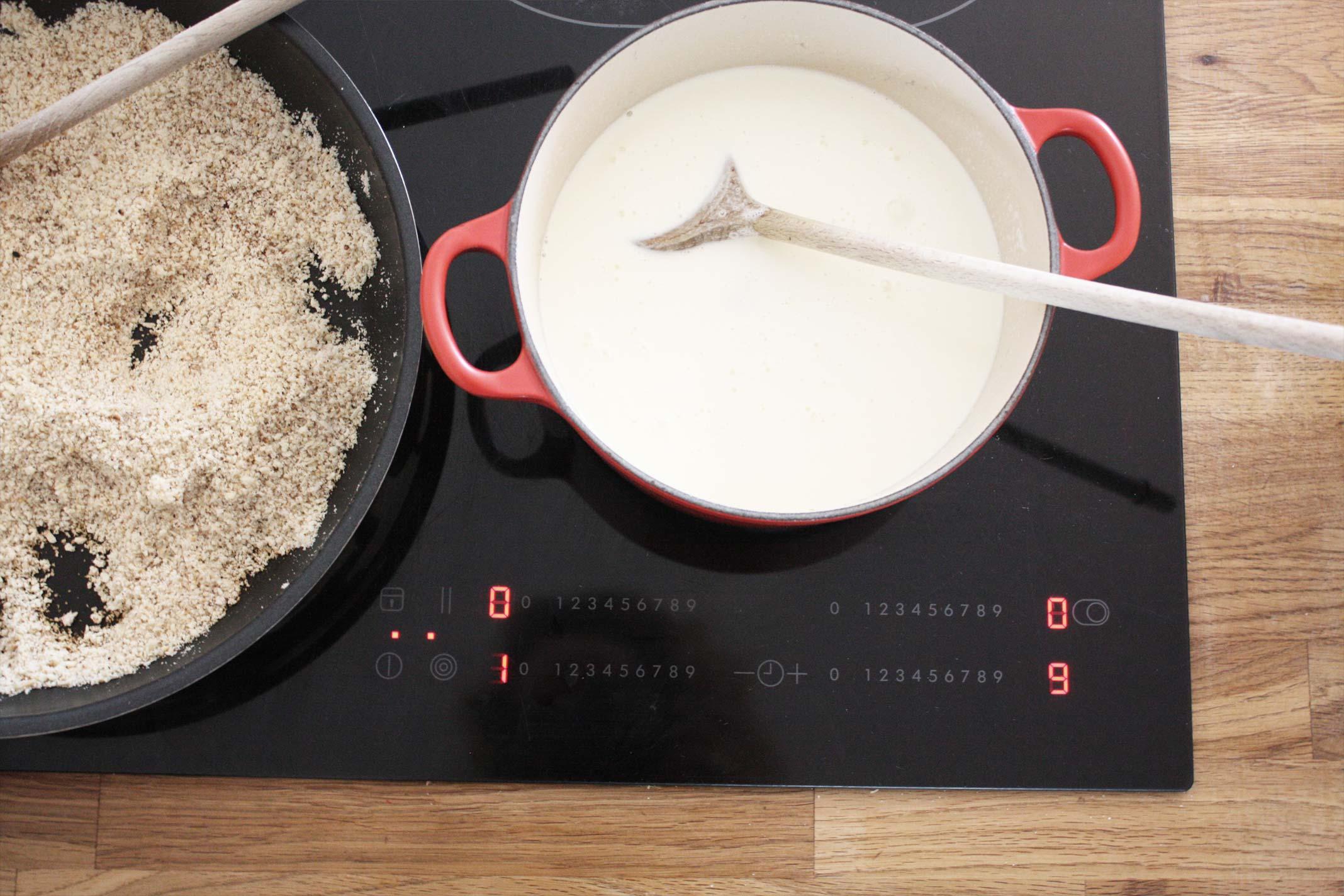 Vanillekipferllikör - Aufkochen des Sahne/Zuckergemisches