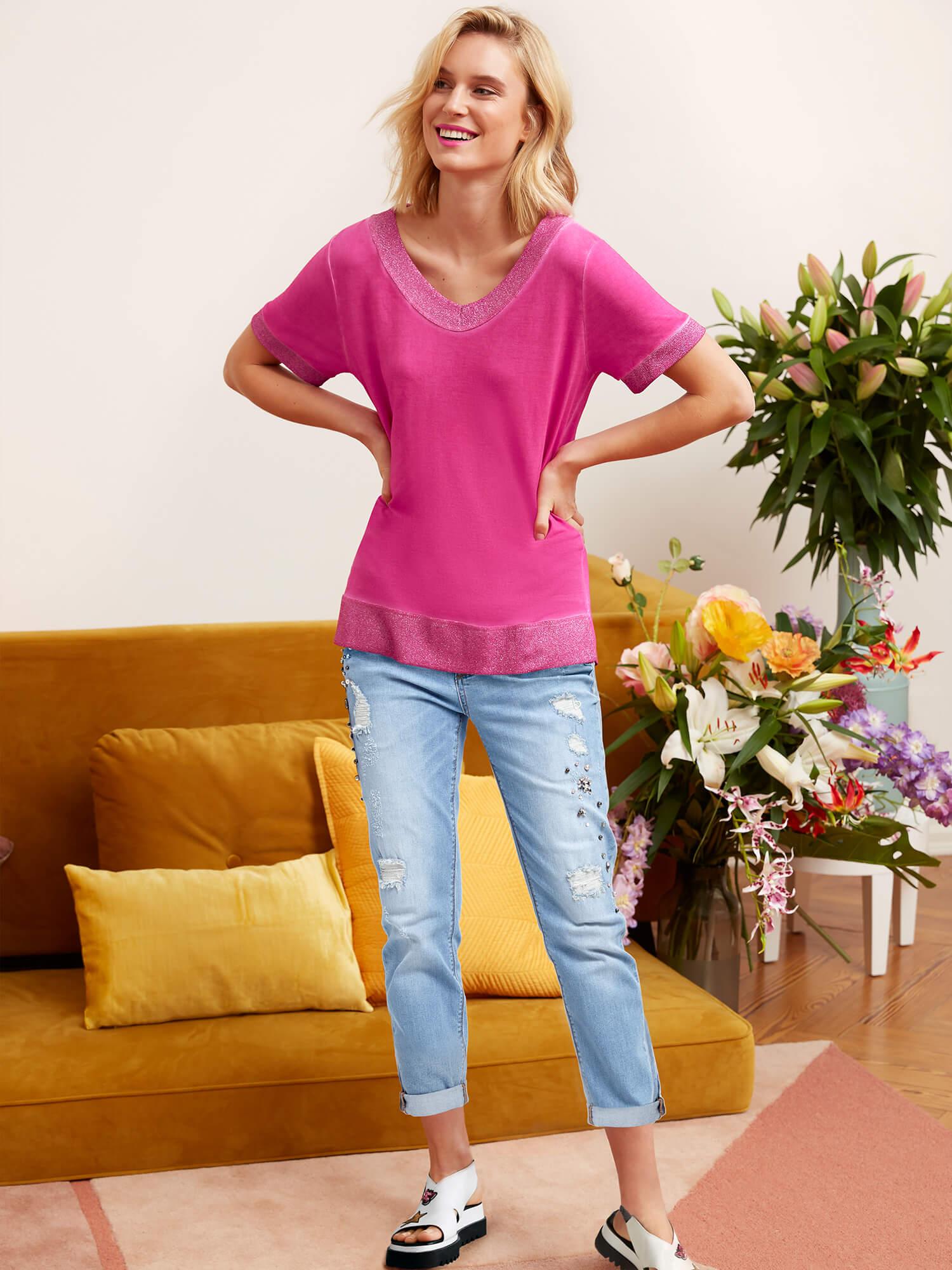 Boyfriend-Jeans mit Schmuckelementen