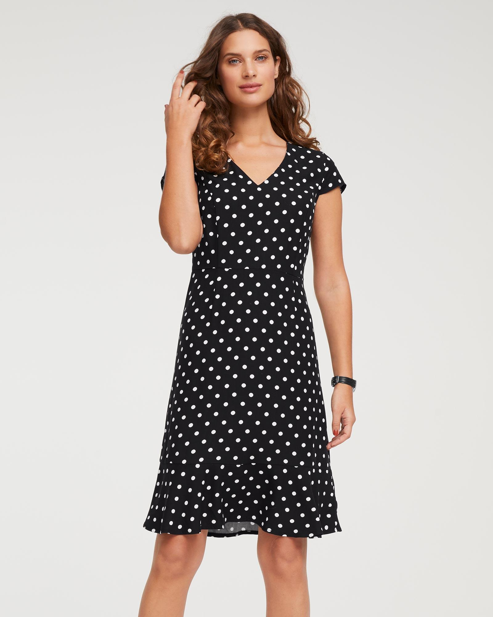 Kleid gepunktet