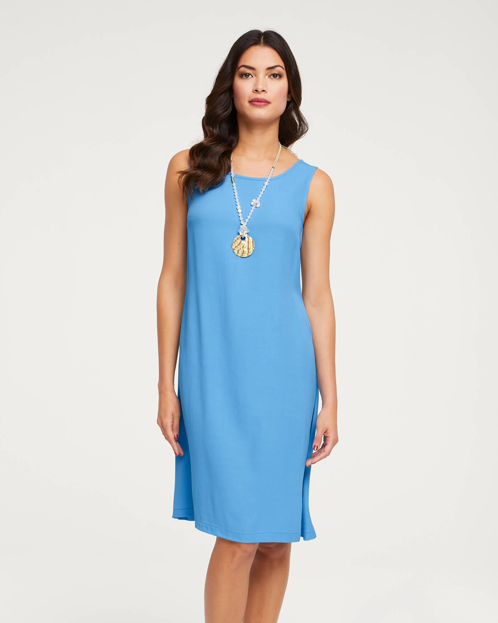 Mittelblaues figurbetontes Kleid