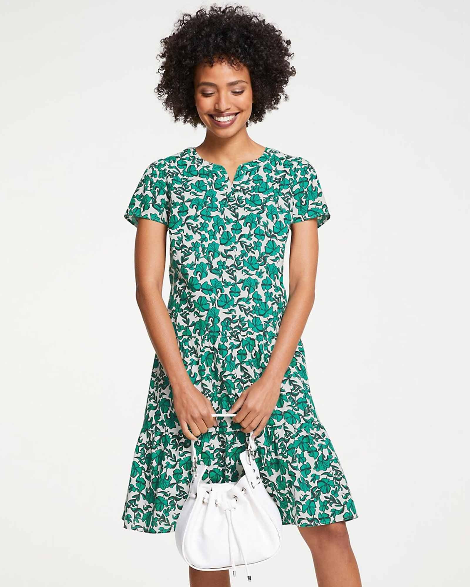 Kleid mit Blüten