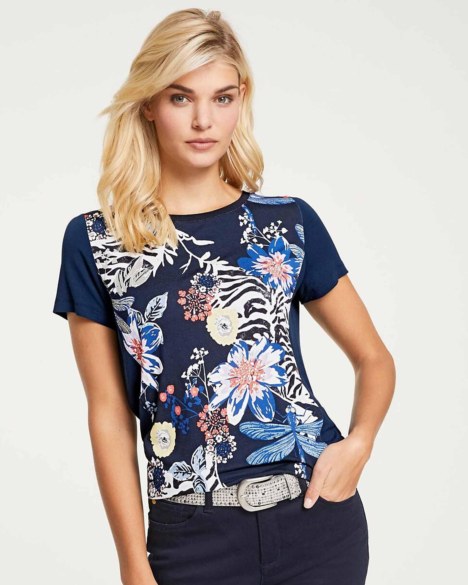 Blumiges Shirt